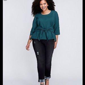 Melissa McCarthy seven7 Black skinny jeans plaid